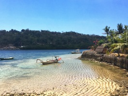 Nusa Lembongan on the left and Ceningan on the right